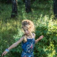 Живёт девочка-Солнце в своём певучем мире :: Ирина Данилова