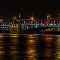 Дворцовый мост :: Александр Л