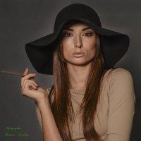Дама с сигаретой :: Владимир Николаевич