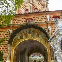 Надвратная церковь Рождества Иоанна Предтечи. :: Юлия Бабитко