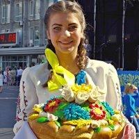 праздничный каравай :: юрий иванов