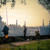 Рыбаки в рыбной деревне :: Женечка Зяленая