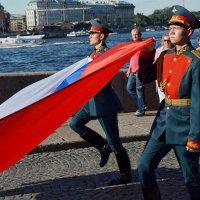 Вынос флага :: Юрий Тихонов