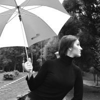 Фотосессия с зонтом 2 :: Дмитрий Печенкин