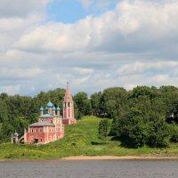 На берегах Волги :: Galina Dolkina