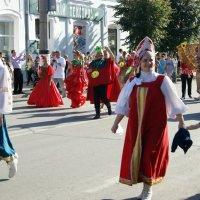Праздник  в городе :: nika555nika Ирина