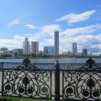городской пейзаж :: tgtyjdrf