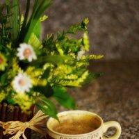 .....Осень кофе на завтрак варила… как божественно плыл аромат! Чтобы грусть от души отступила, доба :: ирэн