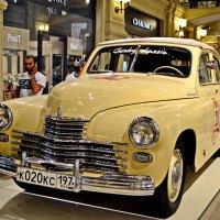 Выставка автомобилей «ПОБЕДА» в ГУМе :: Сергей F