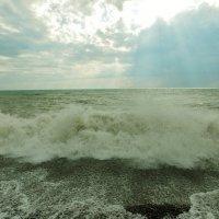 Морская у брега волна вскипела бурливо, прохладой объята.... :: СветЛана D