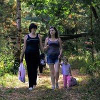 Дочки-матери :: Валерий Чернов