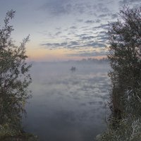 Лодка в тумане 1 :: Роман Александрович