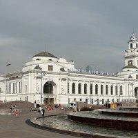 Киевский вокзал :: Олег