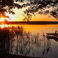 Закат на озере.... :: Александр Литвин