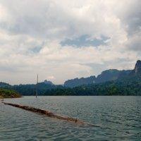 Озеро :: Юрий Кольцов