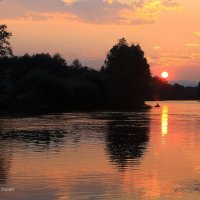 Закат над рекой. :: Валентин Репин