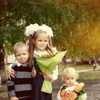 Старшая сестра :: Геннадий Коробков