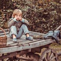 Мальчик на телеге :: Виктор Седов
