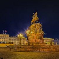 На Исаакиевской площади... :: Вячеслав Мишин