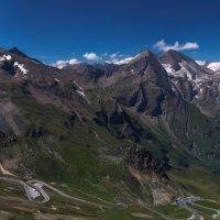 Дорога и горы Гроссглокнер :: михаил