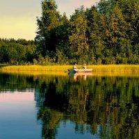 Рыбалка на озере :: Валерий Талашов