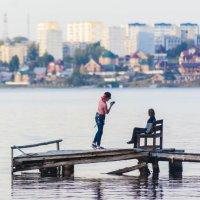 Фотосессия на берегу :: Александр Буторин