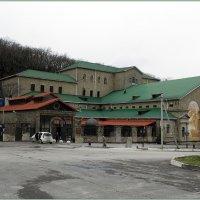 Завод шампанских вин в Абрау-Дюрсо :: Вера