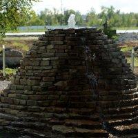 Старорусский каменный фонтан :: Анатолий Бушуев