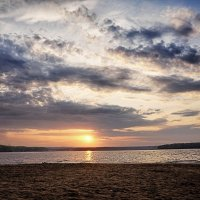 Рассвет на Каме. :: Любовь Чунарёва