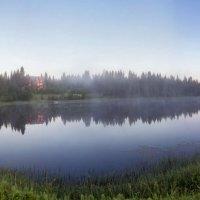Рассвет на озере :: Альберт Сархатов
