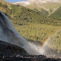Коснуться радуги:)  (водопад Алибек) :: Ирина Шуба