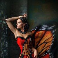 """Вutterfly"" :: Lara Kantur"