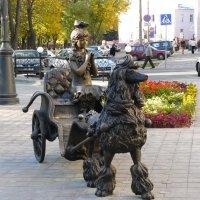 Мальвина у театра кукол :: Александр Прокудин
