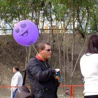 хозяин и шарик чем-то похожи... :: Александр Прокудин