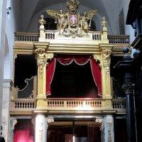 В соборе Святого Иоанна Крестителя в Турине. :: Наталья Пономаренко