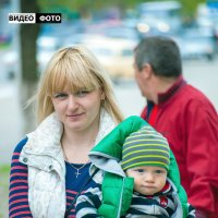 Прогулка с малышом :: Антуан Мирошниченко