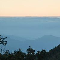Рассвет в горах :: Olga Adamova