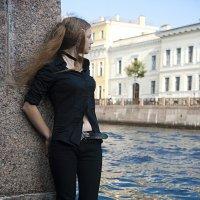 Недалеко за цинковой рекой... :: Низами Софиев