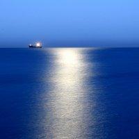 Предрассветное море :: Сергей Гурьев