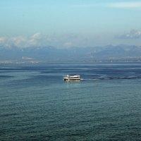 Прогулка по Средиземному морю. 2 вариант. :: Юрий Шувалов
