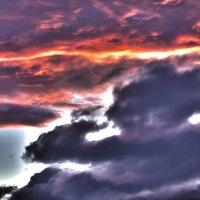Сюрреалистичный закат :: Дмитрий Николаев