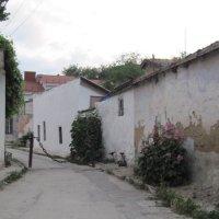 Старая улочка Феодосии :: Маера Урусова