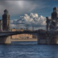 Мост Петра Великого в непогоду :: Владимир Колесников