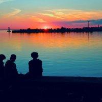 Трое на закате :: Сергей Базылев