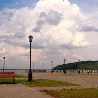 С Волги наплывают облака :: Наталья Серегина