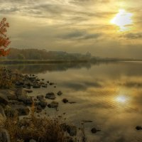 Осеннее тёплое утро :: Олег Сонин