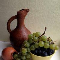 Виноград – общепризнанное средство против стрессов, депрессий, старости. :: Anna Gornostayeva