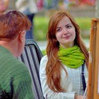 Когда рисуется портрет... :: Юрий Анипов