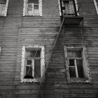 И за каждым окном - своя история... :: Anna Lipatova