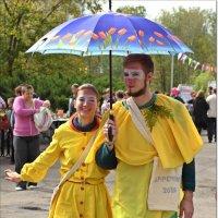 Интересная парочка под зонтом :: Лидия (naum.lidiya)